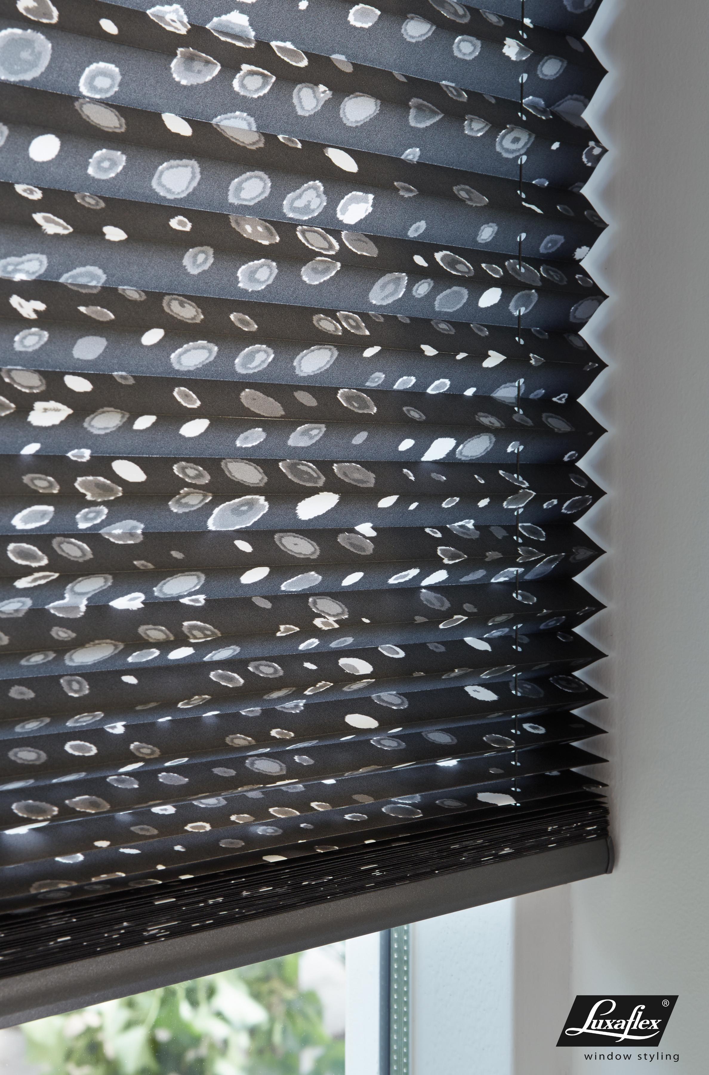 Store pliss s luxaflex atelier premier - Store imprime photo ...